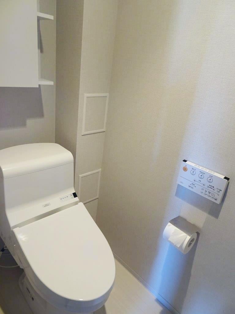 ■ウォシュレット一体型トイレ